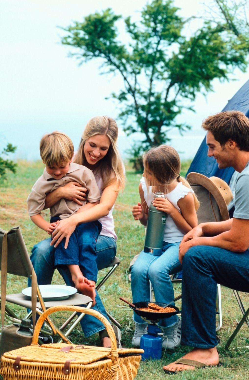 En famille ou entre amis, le camping de Chanac est un lieu de rencontre